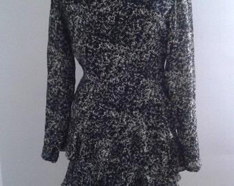 SALE /// Vintage 1990's Argenti Black Cream Speckle Print Dress Tiered Skirt Sz 6