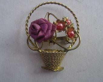 Vintage Brooch Gold Tone Flower Basket Pin