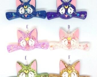 Glittery Resin Kitty Keychain