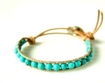Bracelet en cuir naturel et perles de Turquoise