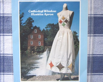 Cathedral Window Hostess Apron, Patchwork Pattern and Instuctions, 1978 NIB