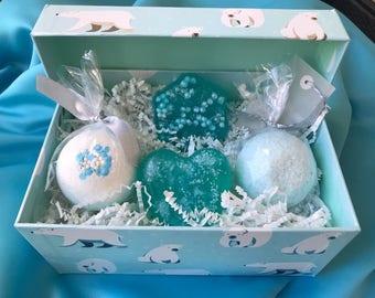 Polar Bear Bath Bomb and Soap Gift Set