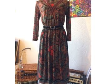 True Vintage 1970s Multi Print Paisley Bohemian Dress size 10/12 -Boho - Gypsy - Hippie
