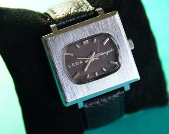 Retro futuristic years 70 ' LEDA - watch-man mechanical self-winding