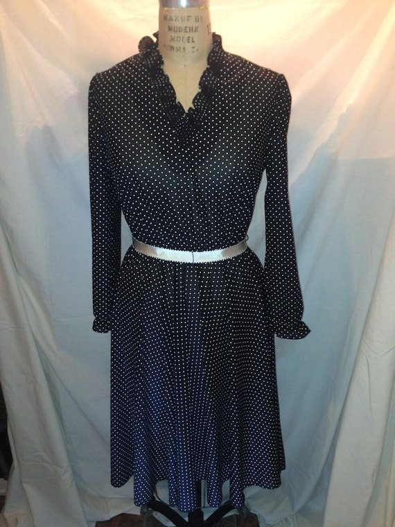 Vintage Misses Sally Petite Black and White Polka Dot Polyester Dress Approx. Size 12-14