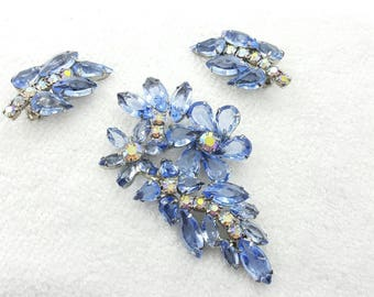 Sky Blue Mid Century Modern  Brooch and Clip earrings Retro  large Gorgeous glass