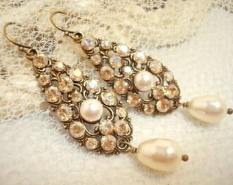 Crystal Bridal earrings, Vintage Wedding earrings, Swarovski crystal earrings, Wedding jewelry, Antique earrings, Bridesmaid earrings