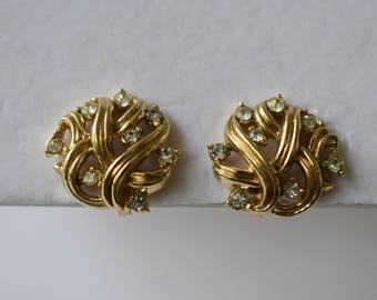 Earrings Signed Crown Trifari Gold Tone Clip Ons with Rhinestone Accents in a Swirling Open Work Pattern Vintage Retro Women's Jewelry