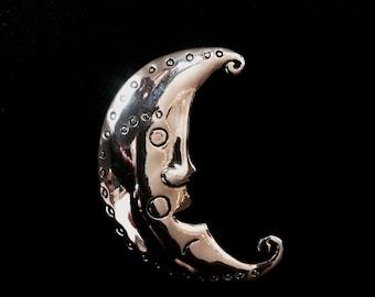 Moon broach