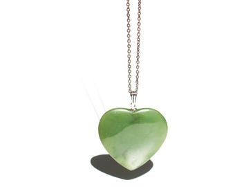 Vintage Jade Heart Necklace, Jade Heart Pendant, Valentines day gift, Green Heart Necklace, Crystal Healing Heart, Large Heart Pendant