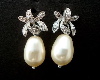Pearl Earrings Bridal rhinestone Earrings Bridal stud Earrings swarovski pearl earrings Wedding Pearl Earrings vintage style earrings GAIL