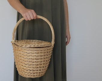 Jane Birkin Basket - medium, basket with a Lid, Round Wicker Basket, panier rond, Round Basket, Jane Birkin bag, Basket Purse.