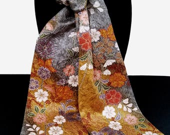Kimono Scarf S8534 - silver and gold floral