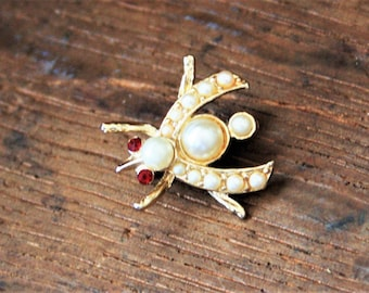 Tiny Pearl Insect Bug brooch pin, Vintage Pearl Small Fly Brooch Pin