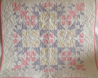 Quilted patchwork baby blanket