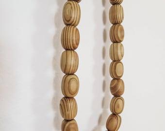 Wood bead decorative necklace