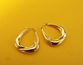 14K Yellow Gold Vintage Hoop Earrings 585