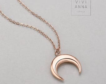 Crescent Necklace N013