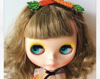 Set of Two Carrot Hair Clips for Blythe.