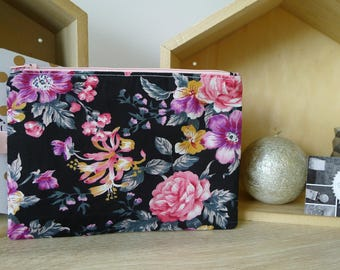 Floral zipper Pouch Black and pink pouch
