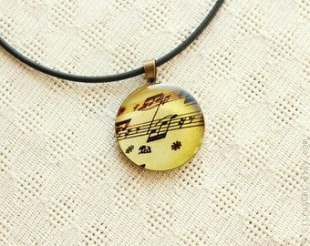 Vintage music notes necklace