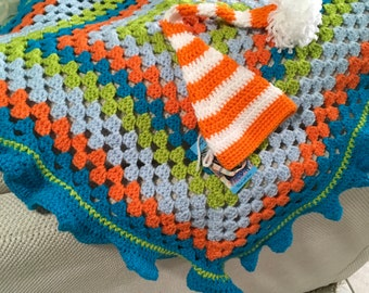 Crochet baby blanket granny square design and matching hat