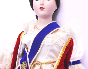 """Sale!!! Just Reduced! Queen Victoria porcelain doll Victoria Regina Franklin Mint Collection Heirloom Doll 19"""" Queens of England Series"""