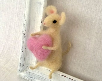 Valentine's day gift Miniature felt mouse pink heart Needle white mouse Tiny woolen soft sculpture Cute baby animal Waldorf gift idea Decor