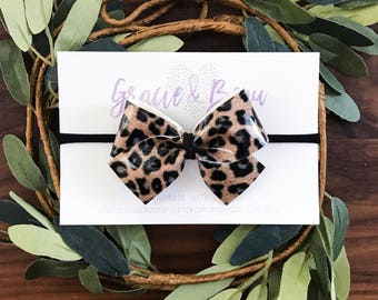 Cheetah Print Leather Bow, Classic Baby Bow, Baby Headband, Nylon Band, Soft Hair Bow, Patent Leather, leopard Bow