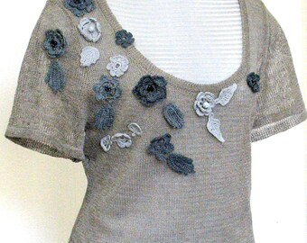 Linen Top Sweater Natural Grey Dove knitted and Crocheted Flower
