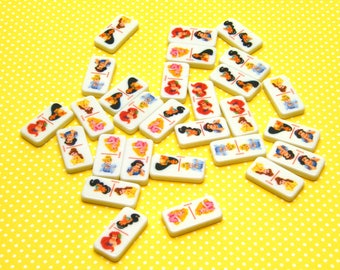 Disney Princesses Mini Dominions game pieces (28 ct)