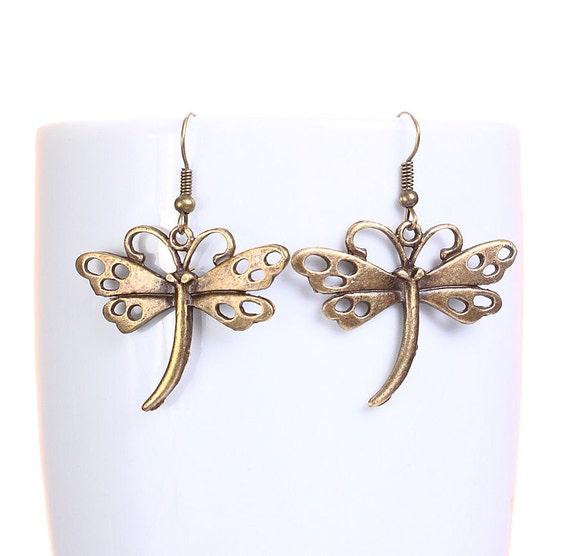 Antique brass dragonfly dangle earrings (630)