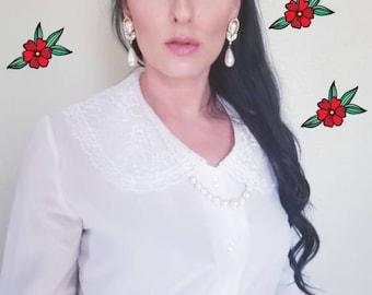 White Lace Peter Pan Collar Blouse Size Medium