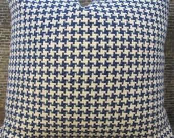 Designer Pillow Cover - Lumbar 10 x 20 - Houndstooth Blue