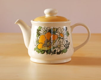 Vintage Sadler England Teapot retro daisy pattern