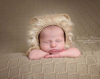 Baby knit lion bonnet and tail, knitted hat, unique and cute hat for newborn, photo prop
