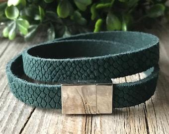Leather wrap bracelet, woman petrol green bracelet, leather woman jewelery, Bohemian bracelet, boho bracelet, woman gift, leather jewelery