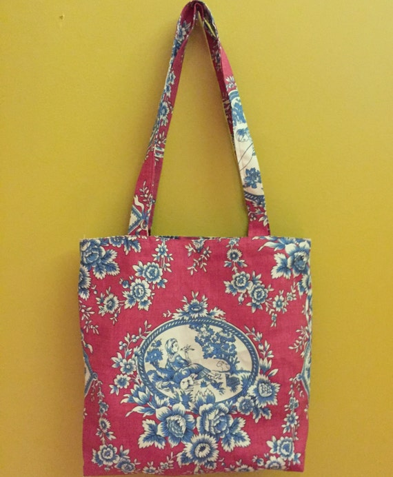 Tote bag with pocket.  Print tote bag fully lined with same fabric.