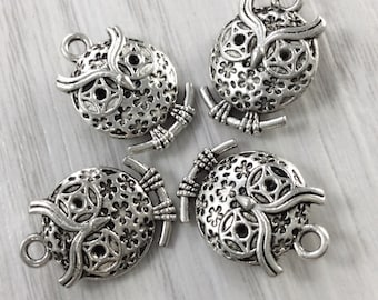30   pcs Double Sided  ( 18  mm x 13 mm ) Owl  Charms  , Owl    Pendants , Owl Jewelry  Antique Tibetan Silver Tone