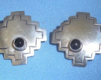 Ladies Vintage Southwestern Design Sterling Silver Earrings with Black Onyx for Pierced Ears