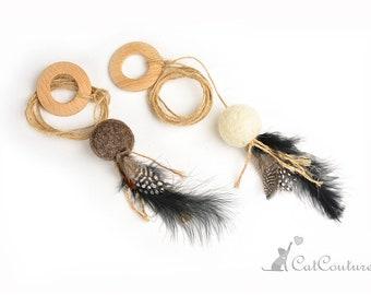 Cat teaser Felt ball with feathers on hemp rope Handmafde eco friendly cat teaser Interactive cat toys