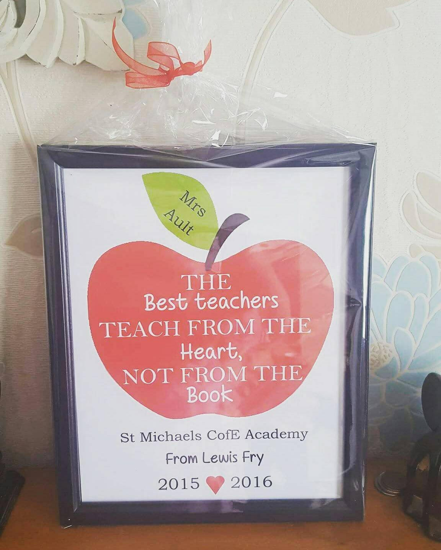 Teacher frame. The best teachers teach from the heart not from