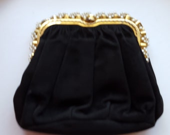 Black Velvet Clutch Evening Cocktail or Mourning Bag with a Gold Clasp and Faux Pearls Antique