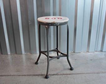 Toledo metal stool