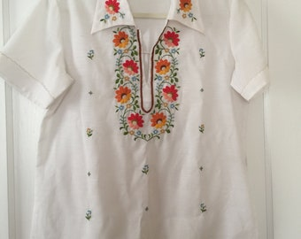Lilly Embroidered Blouse 1970s colorful