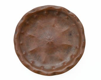Hand hammered copper wall plate / bowl / dish - Amsterdam School - 1910 - 1940
