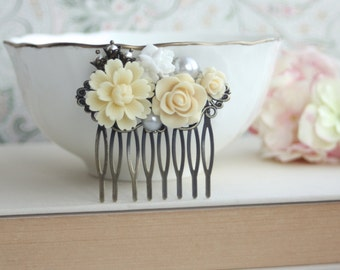 Ivory, White Flowers, Pearl, Antiqued Brass Filigree Flower Bead Caps, Collage Hair Comb. Vintage Style, Maid Of Honor, Bridesmaids Gifts.