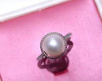 Sterling silver freshwater pearl simple elegant ring- modern dainty silver pearl ring- Mothers day gift idea