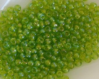 Glass seed beads size 6 toho light peridot green