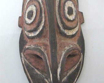 "PAPUA New Guinea Sepik River Carved Wood Mask 11 1/2"""